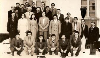 hamit İşbilen hocamızın Geyve İmam hatip Lisesinin İlk Açıldığı Yılladaki Fotoğrafı