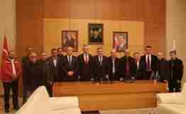 sakarya yerel kültür derneklerinden Büyükşehir başkanı zeki toçoğluna ziyaret (2)