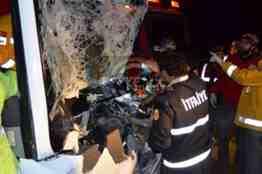 pamukova otobüs kamyona tıra  çarptı- (15)