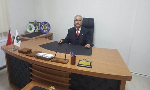 """Başkan Aykut Yurt : """" Kamyoncunun 1 tekeri çalışıyor """""""