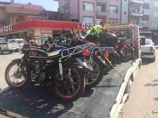 Geyve'de Motosiklet Operasyonu Devam Ediyor