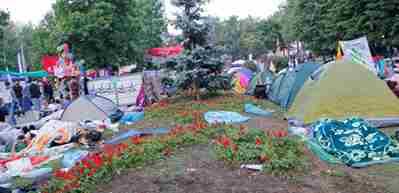 Polisin yakmadığı Gezi çadırlarını bakın kim yakmış