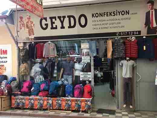 Okul Giysileri Satışı Hareketlenmeye Başladı
