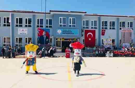 Akdoğan'da Festival Havasında 23 Nisan…