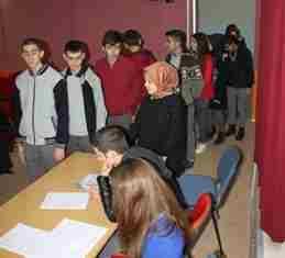 Geyve Anadolu Lisesinde Demokrasi Coşkusu
