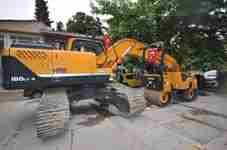 geyve-belediyesi-yeni-is-makinesi-aldi- (1)