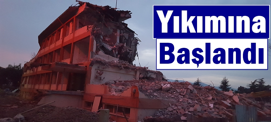 Geyve Eski Devlet Hastanesi Yıkılıyor