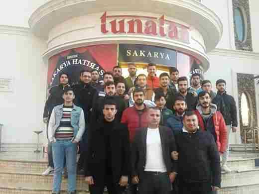 Karapekmez'den Galibiyet Jesti..