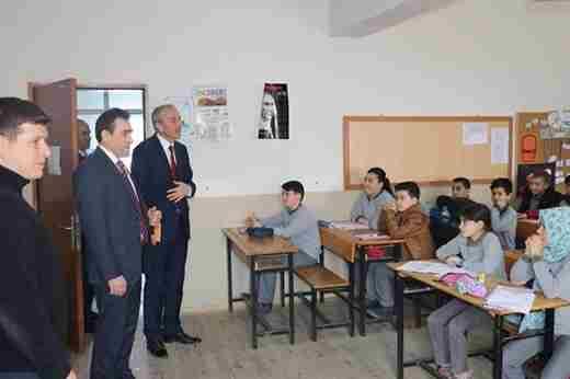 Kaymakam Memiş'ten Okullara Ziyaret