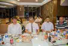 sakarya-emniyeti-karacam-meat-vorld-ismailin-yerinde-iftarda-bulustu- (1)