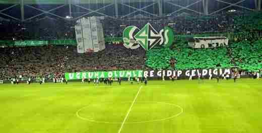 Sakaryaspor Stadı Muhteşem Şhowla Açıldı