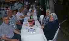vanliogullari-ailesinden-adil-ergul-iftar-verdi- (3)